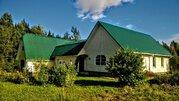 Дом на хуторе с хозяйством рядом с Печорами, 1 гектар земли. - Фото 1