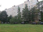 Продам двухкомнатную (2-комн.) квартиру, Загребский б-р, 5к3, Санкт.