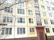 Продается двухкомнатная квартира во Фрунзенском районе.