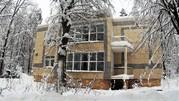 Квартира с панорамными окнами и видом на лес Рублевское шоссе, Купить квартиру в новостройке от застройщика Усово, Одинцовский район, ID объекта - 325145417 - Фото 1
