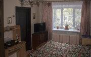 Квартира расположена в кирпичном доме. Комнаты смежные, большая и .