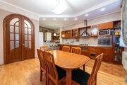 Купите 4-комнатную квартиру с отдельным входом и теплым гаражом! - Фото 2