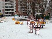 Просторная двухкомнатная квартира в центре, Купить квартиру в Архангельске по недорогой цене, ID объекта - 323121600 - Фото 3