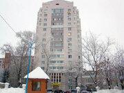 Продается 2-комнатная квартира, ул. Красная