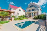 Дом в Адлере с бассейном - Фото 1