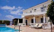 850 000 €, Шикарная 5-спальная вилла с панорамным видом на море в регионе Пафоса, Продажа домов и коттеджей Пафос, Кипр, ID объекта - 503913360 - Фото 10