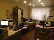 Продам 2-х в Железнодорожном районе, Купить квартиру в Красноярске по недорогой цене, ID объекта - 316969225 - Фото 1