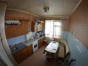 Продажа трехкомнатной квартиры на улице Космонавтов, 19 в Черкесске