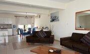 189 000 €, Впечатляющий 4-спальный смежный дом с видом на море в регионе Пафоса, Купить таунхаус Пафос, Кипр, ID объекта - 504073546 - Фото 10