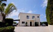 850 000 €, Шикарная 5-спальная вилла с панорамным видом на море в регионе Пафоса, Продажа домов и коттеджей Пафос, Кипр, ID объекта - 503913360 - Фото 13