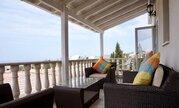475 000 €, Впечатляющая 4-спальная вилла с видом на море в пригороде Пафоса, Продажа домов и коттеджей Пафос, Кипр, ID объекта - 503789183 - Фото 23