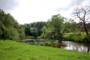 Поселок «Рига Парк» находится в приятном удалении от скоростного .