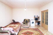 Квартира в кирпичном одноподъездном доме, Купить квартиру в Ялуторовске, ID объекта - 322980290 - Фото 2