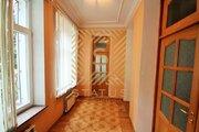 4-х комнатная квартира с террасой в центре 120 м2.