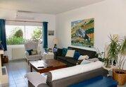 295 000 €, Просторная 4-спальная вилла в пригородном районе Пафоса, Купить дом Пафос, Кипр, ID объекта - 503670985 - Фото 19