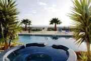165 000 €, Просторный трехкомнатный апартамент с видом на море в районе Пафоса, Купить квартиру Пафос, Кипр по недорогой цене, ID объекта - 327881419 - Фото 2