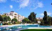 Впечатляющий трехкомнатный апартамент с большой верандой в Пафосе