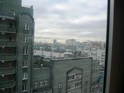 6 100 000 Руб., Ямашева 103 двухкомнатная с дизайнерским ремонтом рядом ТЦ xl метро, Купить квартиру в Казани по недорогой цене, ID объекта - 320262272 - Фото 9