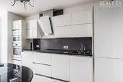 Уютная 2-х комнатная квартира с машиноместом на два автомобиля., Купить квартиру в Минске по недорогой цене, ID объекта - 321349356 - Фото 1