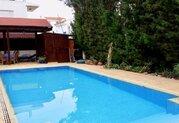 295 000 €, Просторная 4-спальная вилла в пригородном районе Пафоса, Купить дом Пафос, Кипр, ID объекта - 503670985 - Фото 3