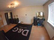 Продажа трехкомнатной квартиры на улице Космонавтов, 54 в Черкесске, Купить квартиру в Черкесске по недорогой цене, ID объекта - 319936721 - Фото 2