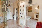 Продается уникальна квартира, с дизайнерским ремонтом.