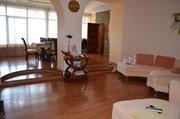 3-х комнатная квартира вблизи Приморского парка, с двориком