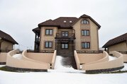 Продается усадьба из коттеджа и двух домов на высокой надпойменной .