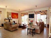 Роскошная и просторная 4-спальная вилла в живописном регионе Пафоса - Фото 4