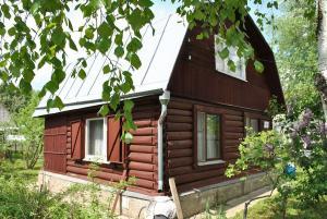 Дача и баня у леса в СНТ Мосфильмовец у д. Шапкино